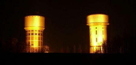 Wassertürme Hamm bei Nacht